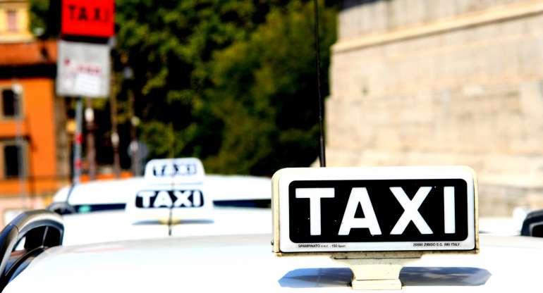 La guida ai taxi: cosa devi sapere